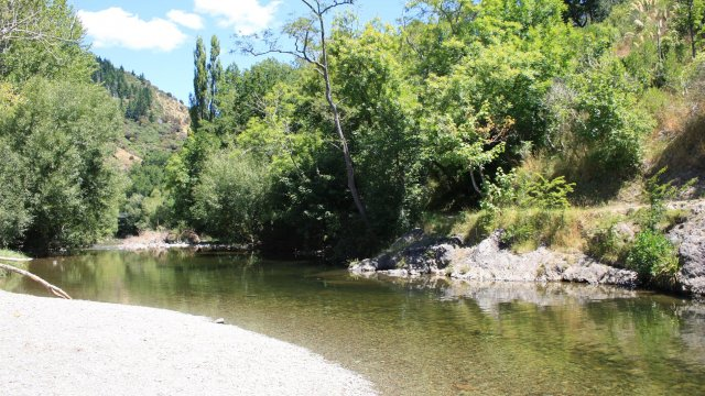 020Maitai river swimming holes 150110