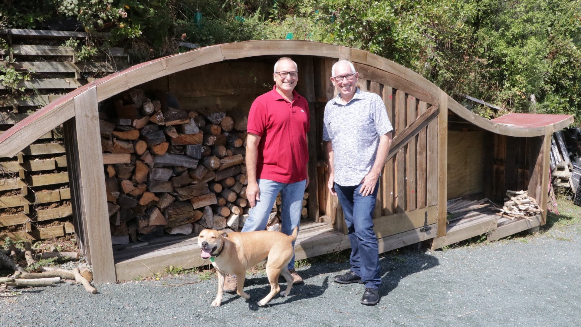 Best Little Woodshed winner Avner Nahmias with Councillor Brian McGurk
